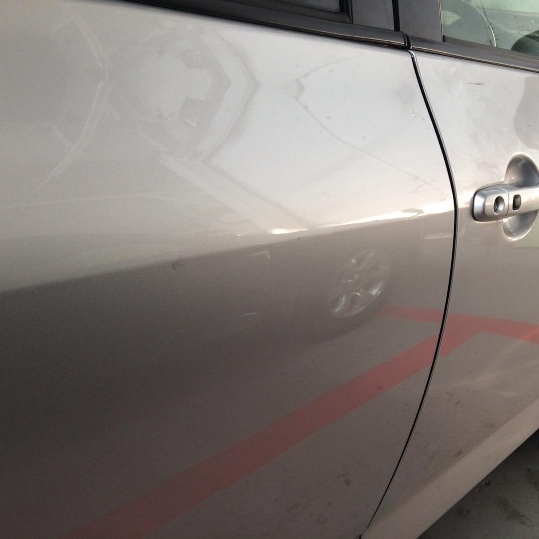Toyota острая вмятина фото после удаления